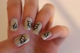 https://liloonailart.wordpress.com/2012/11/02/quelques-poses-de-wd-et-stickers-de-chez-belle-creature/