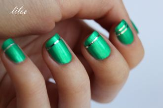https://liloonailart.wordpress.com/2012/11/02/flormar-supershine-50-et-striping-tape-argent/