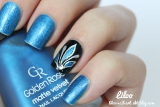https://liloonailart.wordpress.com/2012/11/02/golden-rose-matte-velvet-103-et-son-accent-nail/