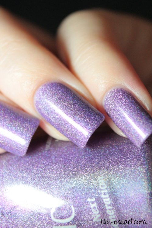 powerful purple magnetic liloo nail art